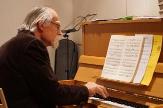 Erwin Schelbert am Klavier
